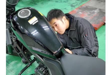 道内トップクラスの販売店で正社員を目指せる!二輪車・除雪機の整備業務