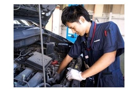 【国産ディーラー】自動車整備士大募集