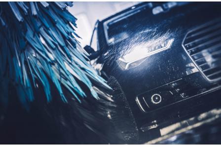 ❕【急募】❕ 無資格未経験大歓迎!!輸入車勢揃いの職場で洗車のお仕事